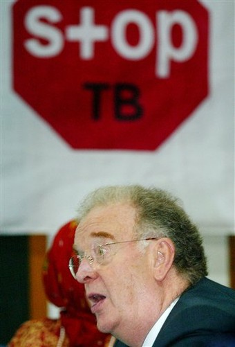 Stop TB, Jorge Sampaio (AP Photo/Irwin Fedriansyah)