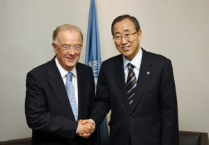 Secretary-General Meets High Representative for Alliance of Civilizations (UN Photo/Evan Schneider)